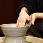 土に触れ心を癒やす。箱根で楽しむワンランク上の陶芸体験