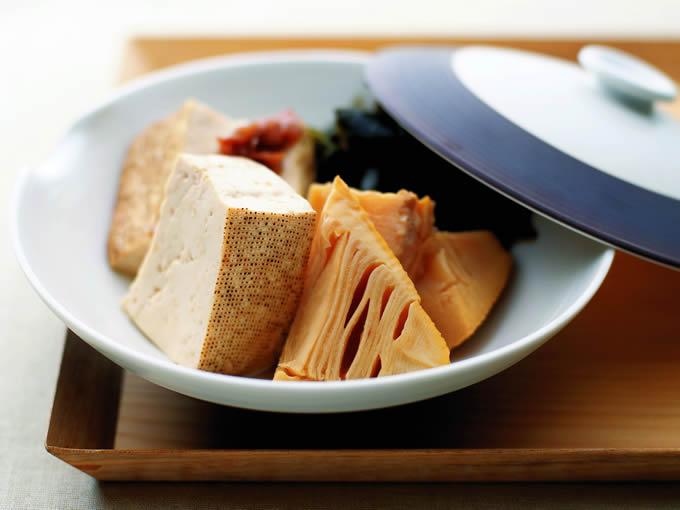 たけのこと焼き豆腐の梅若煮