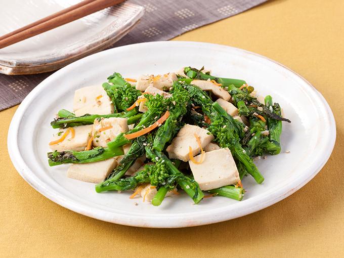 菜の花と高野豆腐の塩麹炒め