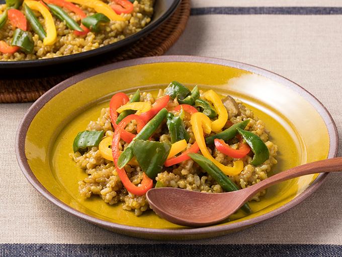 夏野菜と玄米のカレーパエリア