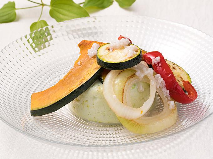 枝豆と豆乳の葛豆腐サラダ