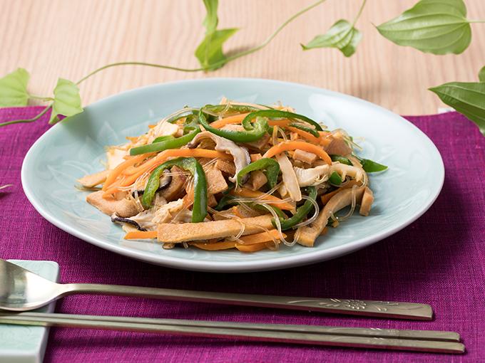 高野豆腐の韓国風野菜炒め