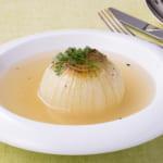 こんがり新玉葱まるごとスープ
