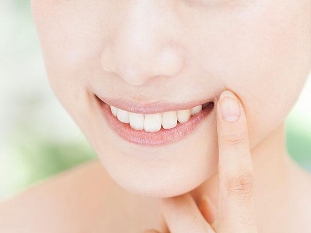 知らぬ間に進行する「大人のむし歯」お口の健康を作る習慣とは