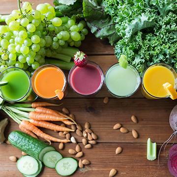 ビタミン・ミネラル、食物繊維。野菜を食べて血管年齢を若々しく!